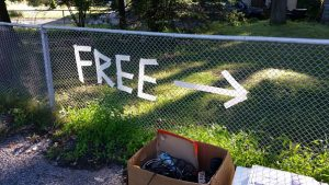 Free sign for your garage sale