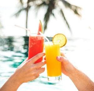 Enjoy the best beach drinks in Miami