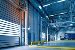 Find warehouse space in FL- a warehouse with yellow pipelines
