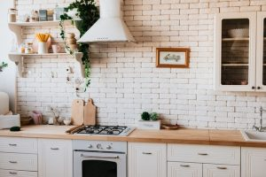 Packing your kitchen cabinets with ease
