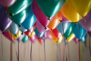 last-minute moving tips- baloons