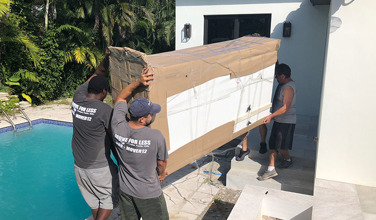 Professional Miami movers at work