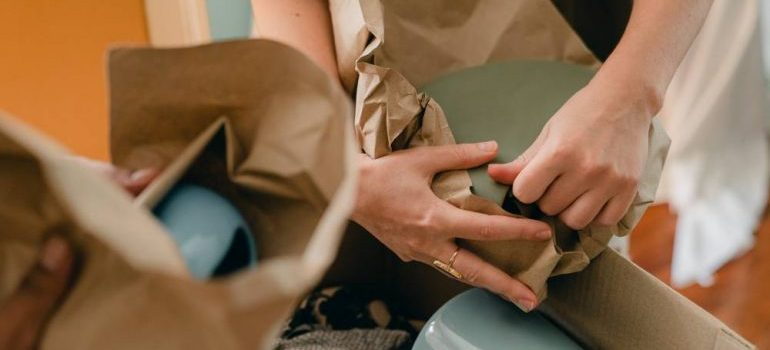 moving professionals packing your belongings