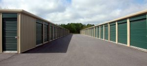 Picture of storage units as packing advice for minimalists moving to Plantation