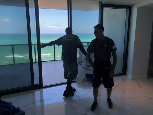 Premium apartment relocation services in Sunny Isles Beach, FL.