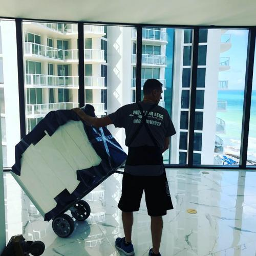 When our moving experts in Sunny Isles Beach pack your belongings, they leave nothing to chance.