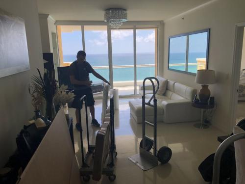 We have the modern tools for any relocation in Sunny Isles Beach, FL.